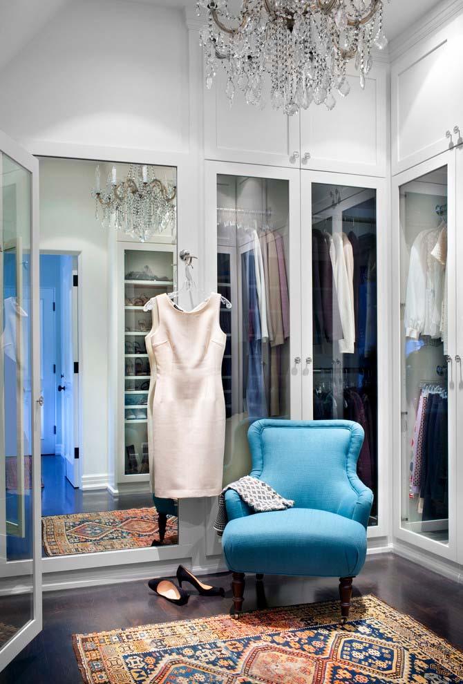 Combinação de elementos para um modelo de closet luxuoso