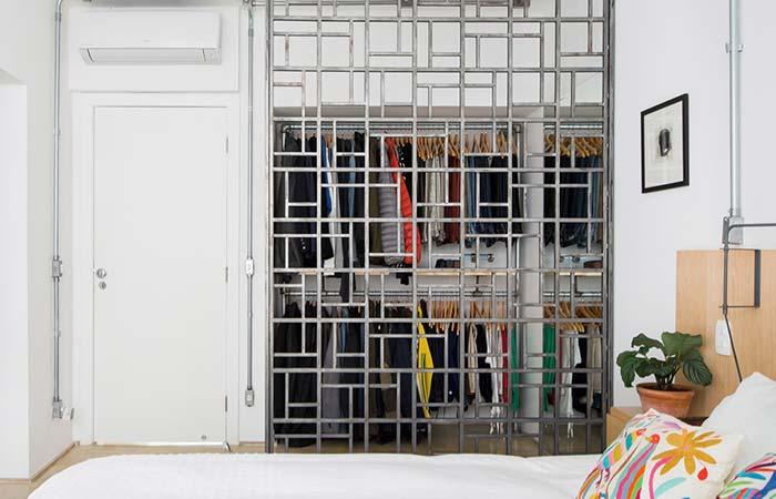 Porta de closet vazada