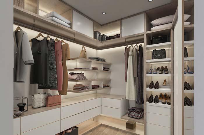 Partes mais altas são ideias para organizar roupas de cama