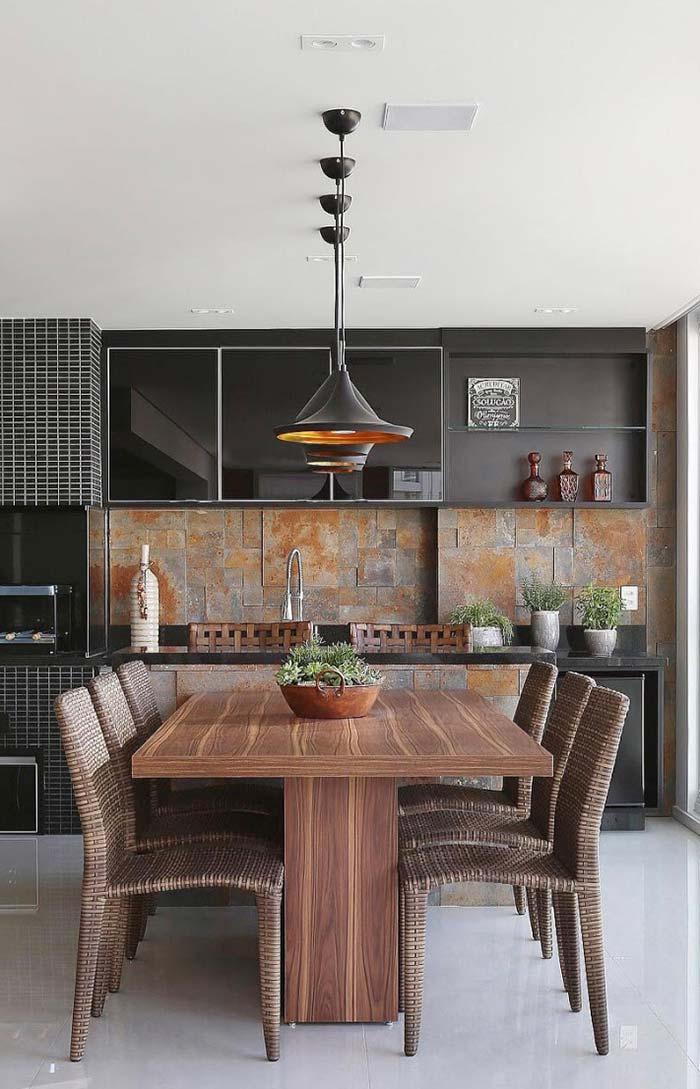 Sala de jantar decorada no estilo rústico