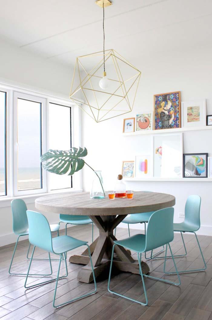 Toque de azul na sala de jantar