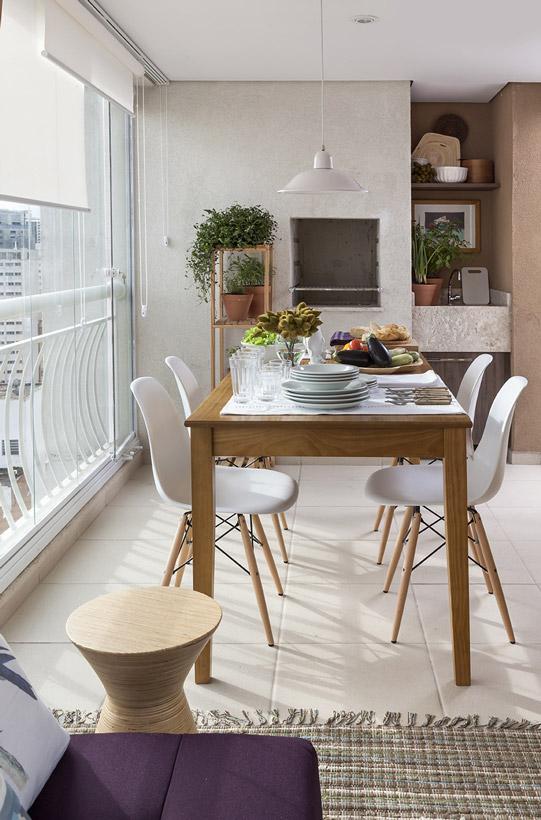 Varanda gourmet de apartamento: pequena, mas confortável