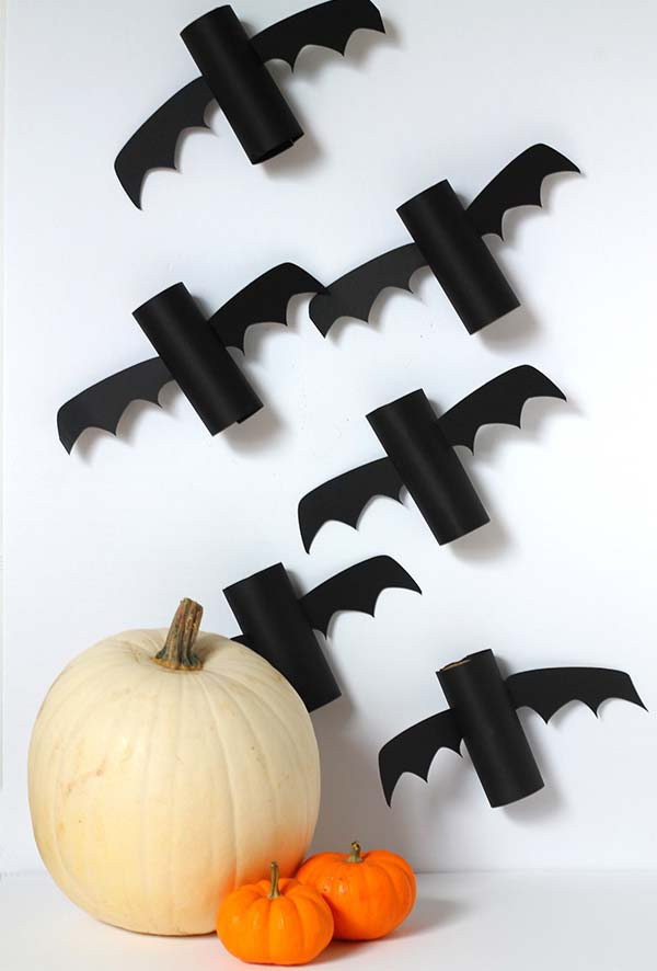 morcegos de artesanato com rolo de papel higiênico