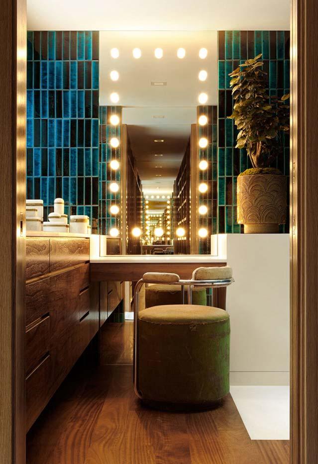 Banheiro moderno no estilo camarim