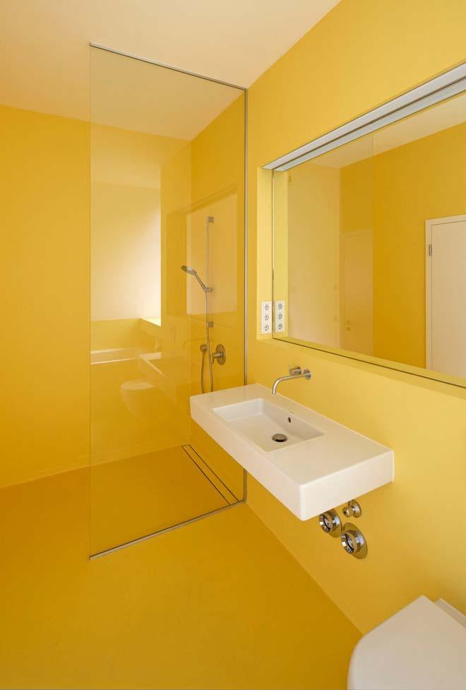 Banheiro moderno resinado