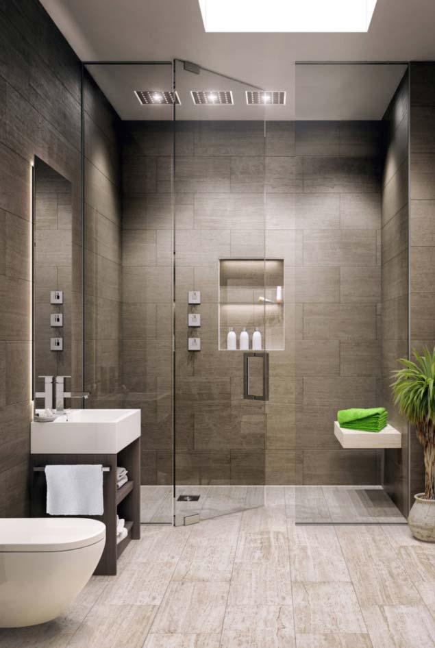 Banheiro moderno com parede de vidro