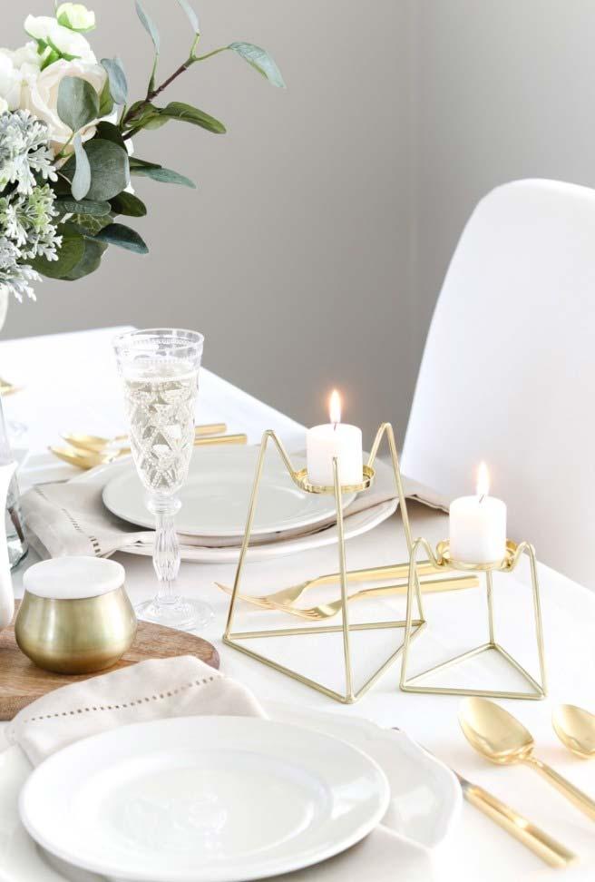 Uma jantar a luz de vela para comemorar