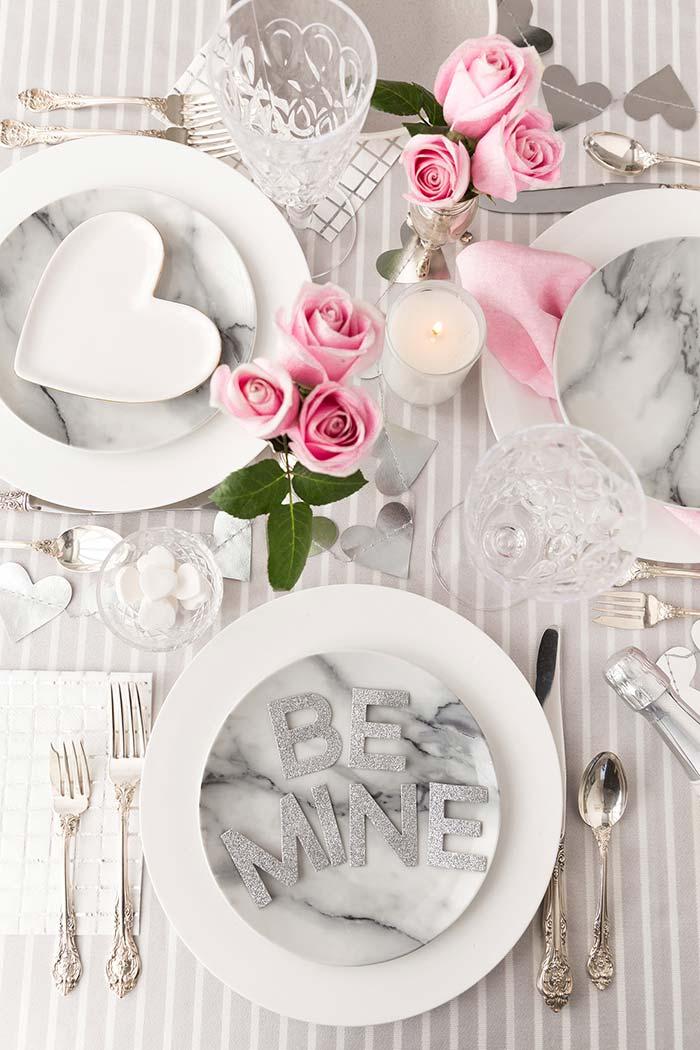 Decoração de mesa para jantar especial