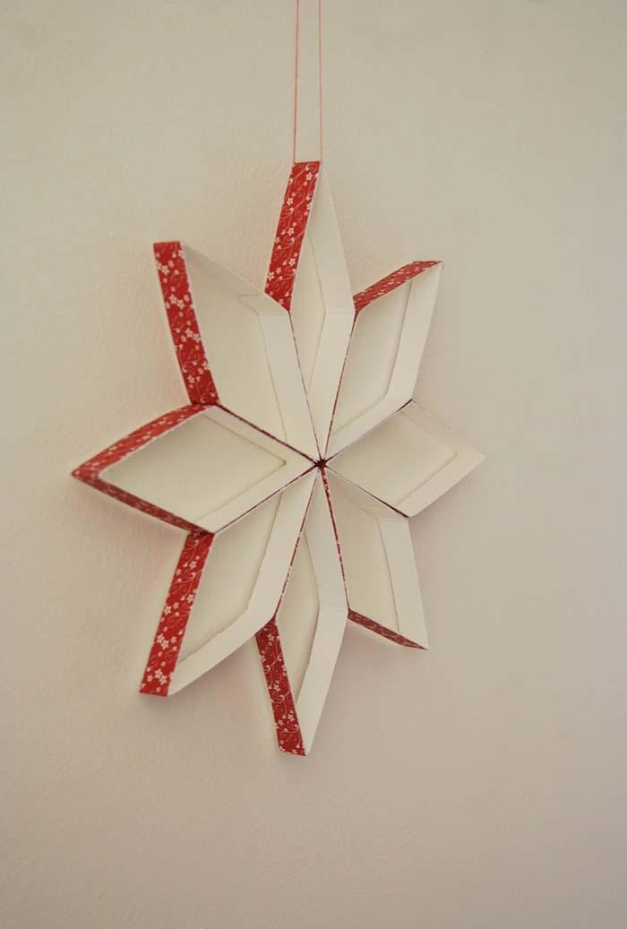 Enfeite de estrela com artesanato de caixa de leite