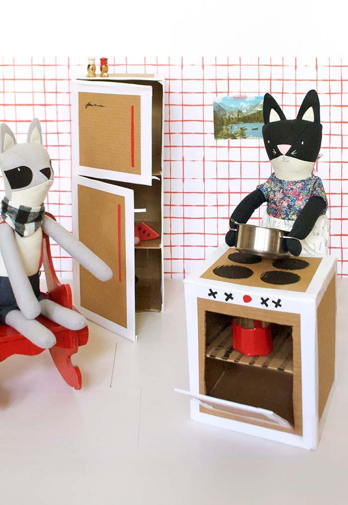 Casinha de bonecas feitos com caixinhas de leite