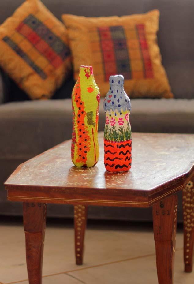 Pintura com artesanato de garrafa pet