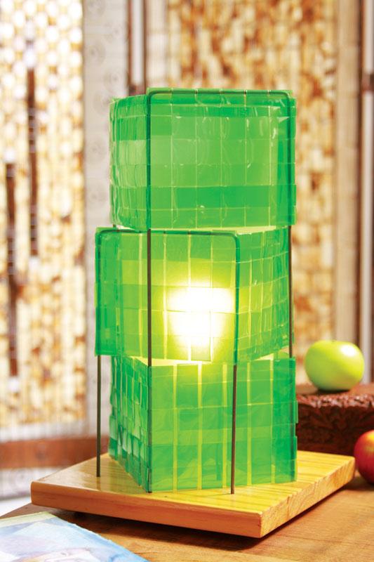Artesanato com garrafa pet: luminária de mesa