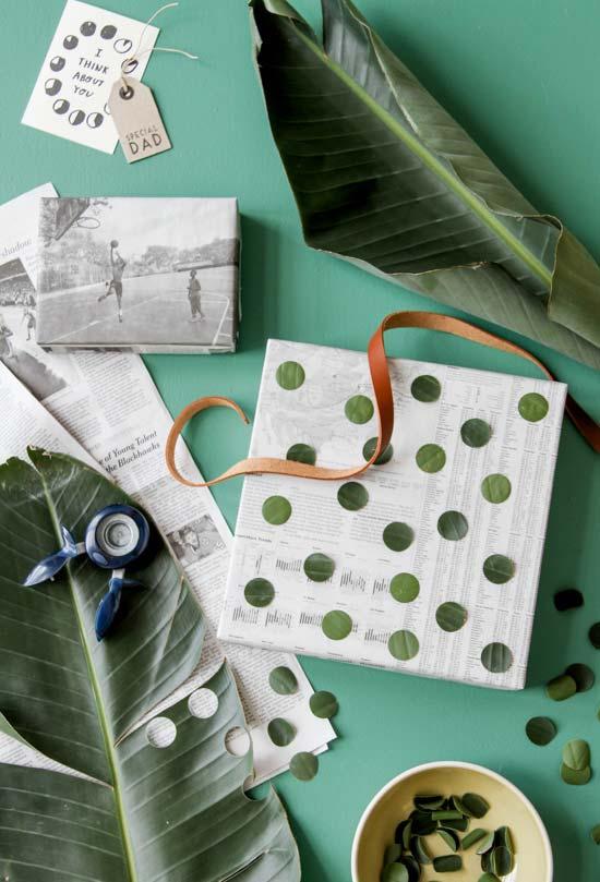Artesanato com jornal: embalagem de presente