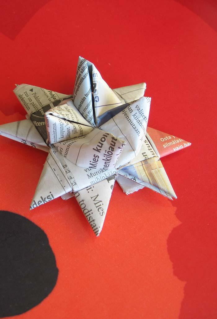 Ou como papel para dobraduras ou origamis