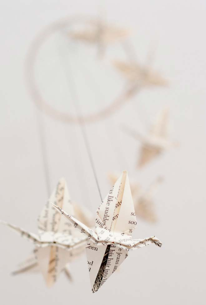 Origamis em papel de jornal