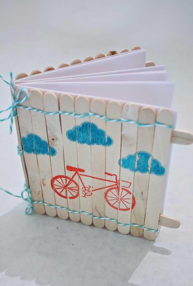 Artesanato com palito de picolé: caderneta