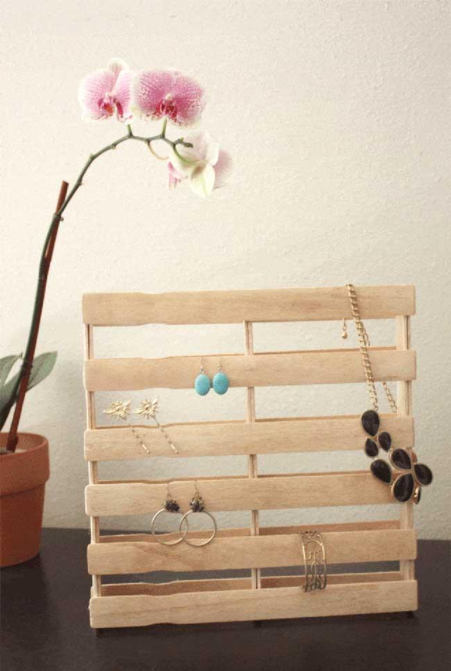 Artesanato com palito de picolé: porta jóias