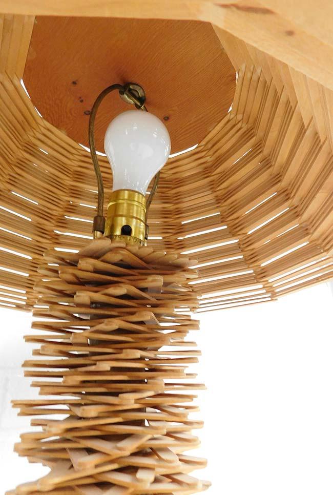 Artesanato com palito de picolé luminária
