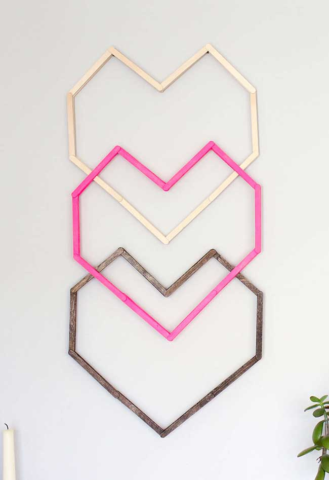 Corações geométricos para pendurar na parede