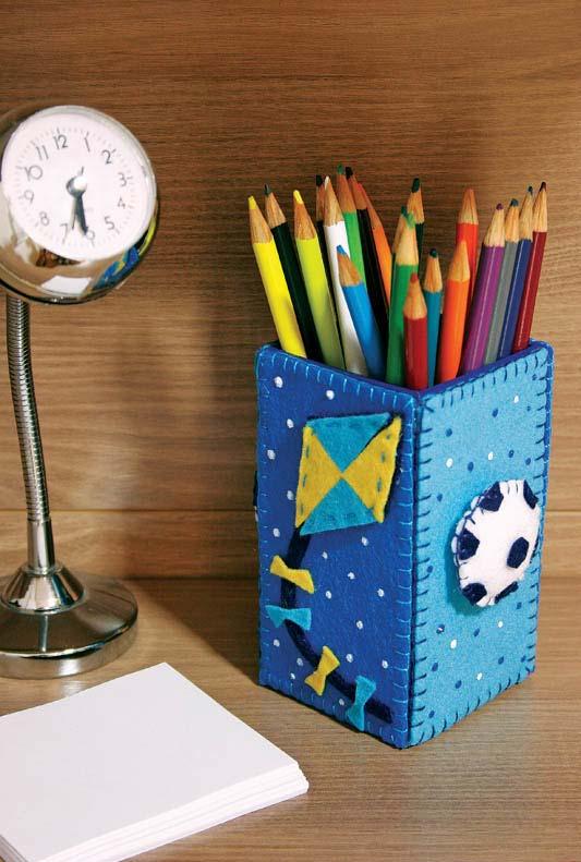 Porta lápis com artesanato em feltro