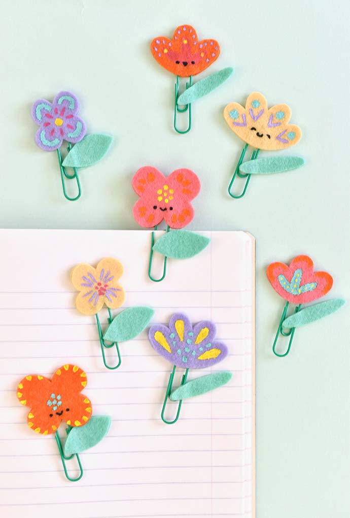 Florzinhas de papel em feltro