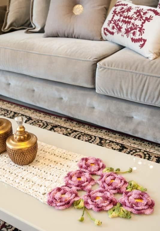 Caminho de mesa de crochê simples