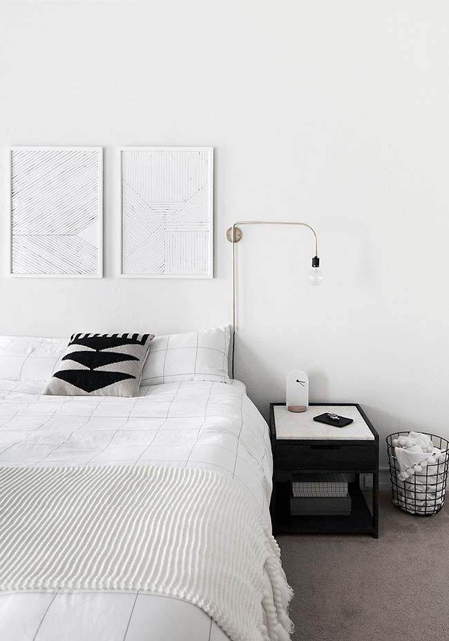 Colcha de crochê para acomodar aos pés da cama