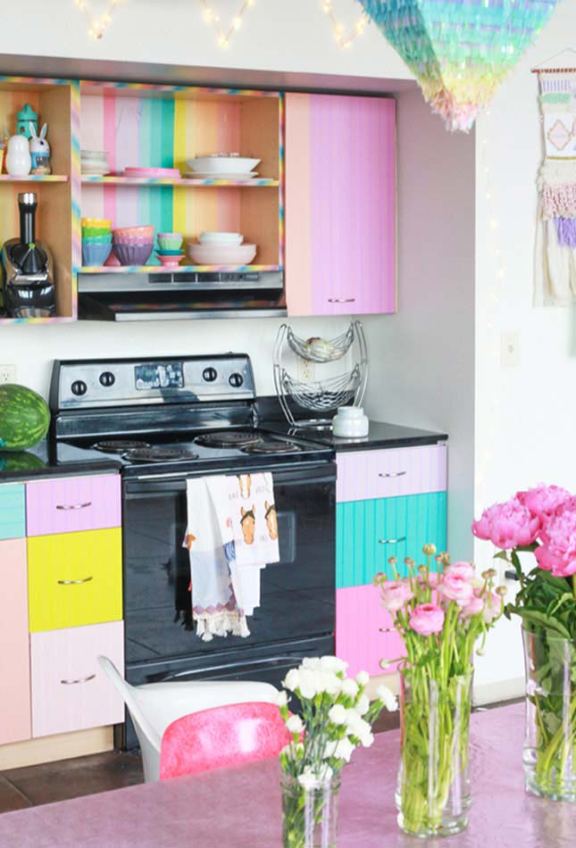 cozinha arco-íris com destaque para o rosa