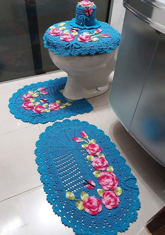 Jogo de banheiro em crochê primavera com barbante azul