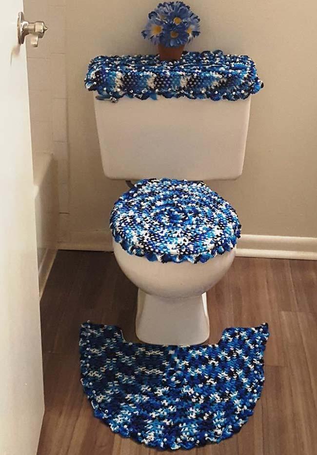 Jogo de banheiro com linha mesclada em cores fortes