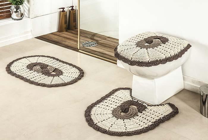 a9a2c0e49 Os tapetes de crochê são muito comuns na decoração de todos os cômodos da  casa