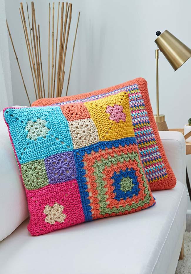 transforme as suas almofadas em uma tela em branco para você testar padrões, barbantes e texturas