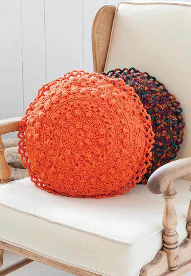 Almofadas de crochê redondas no estilo boho