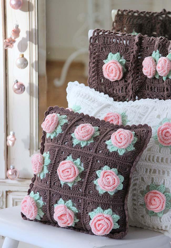 Conjunto de almofadas quadradas com rosa tridimensionais