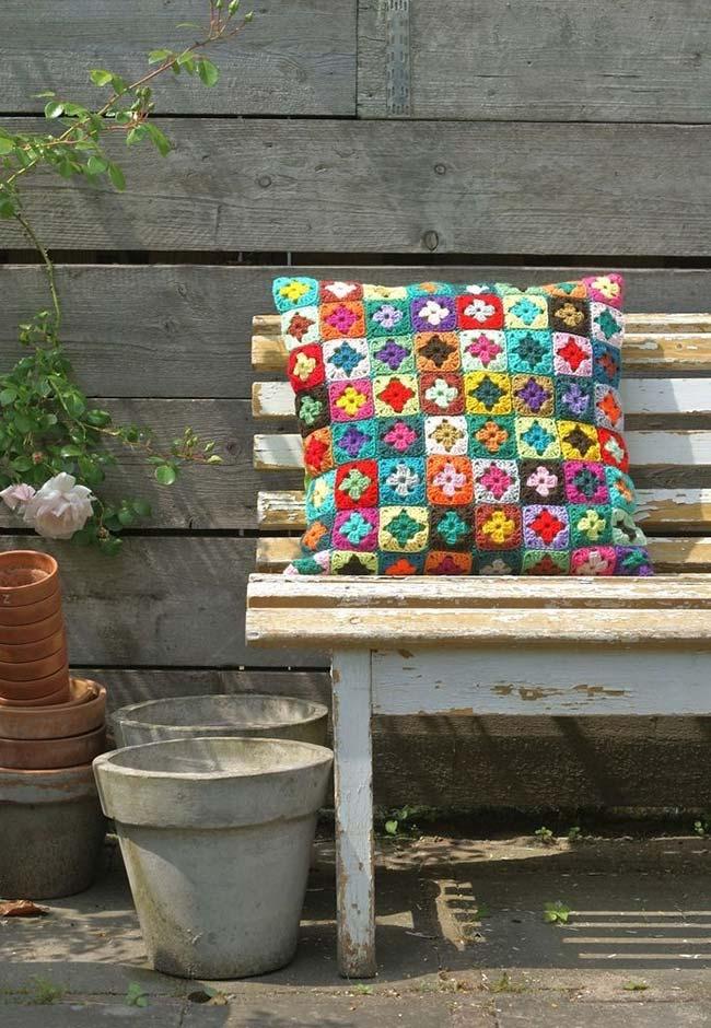 Inspiração nas colchas de retalhos de crochê super coloridas