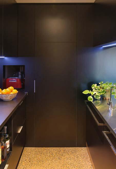 Dê um toque a mais de cor com as luzes de led da sua cozinha
