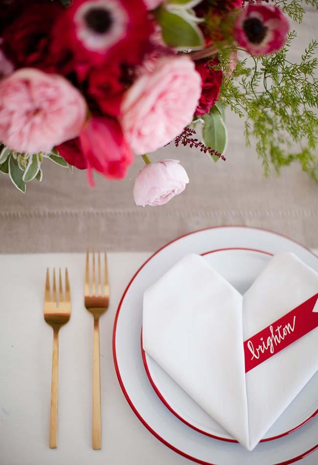 Decoração de jantar romântico para mesa