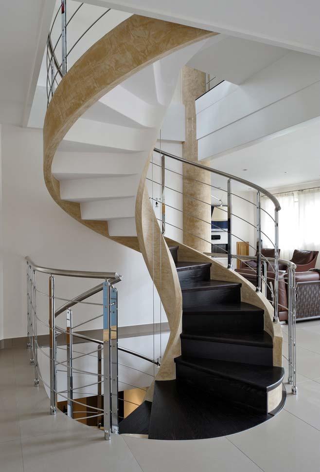 Escada caracol bicolor