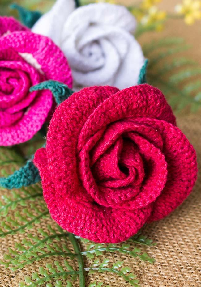 Rosa hiper detalhista em crochê