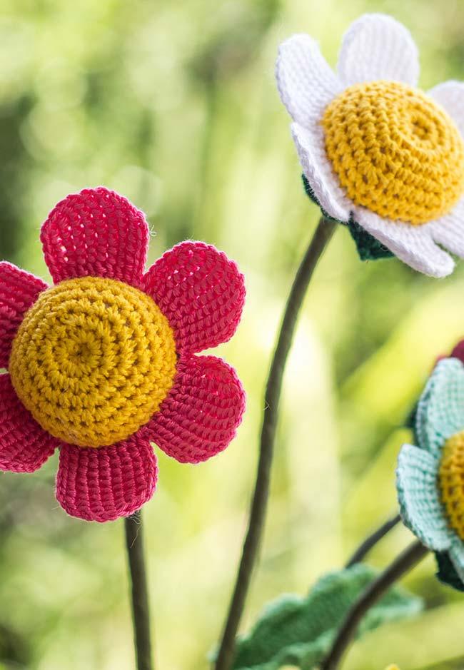 Maxi margaridas para o seu jardim: flores de crochê para ficar sempre na primavera