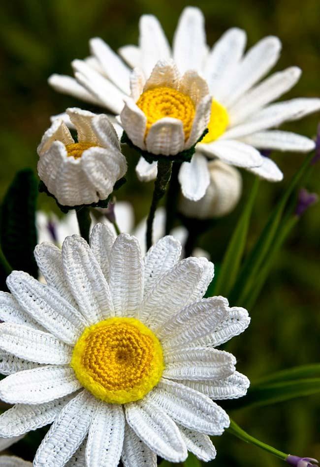 Flores de crochê hiper realistas