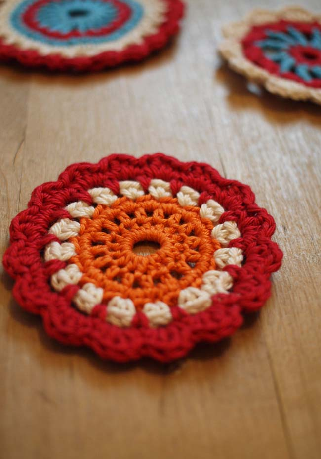 Florzinhas mandalas de crochê super versáteis