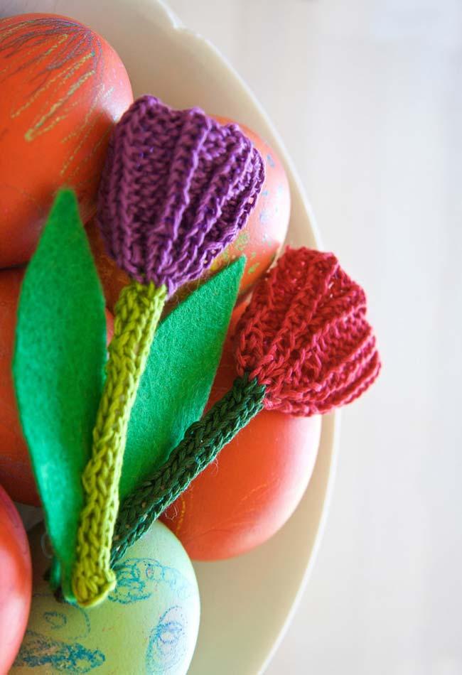 Tulipas de crochê na decoração da sua mesa