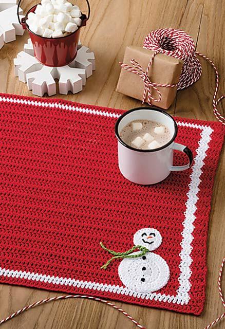 Jogo americano de crochê: Natal no clima de inverno com o bonequinho de neve