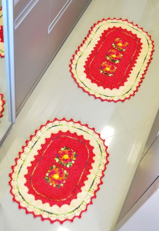 Jogo de cozinha de crochê com dois tapetes em tema floral