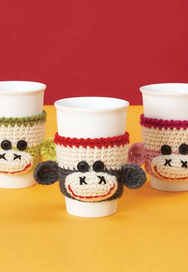 Proteja suas mãos até mesmo dos copos e xícaras quentes em grande estilo