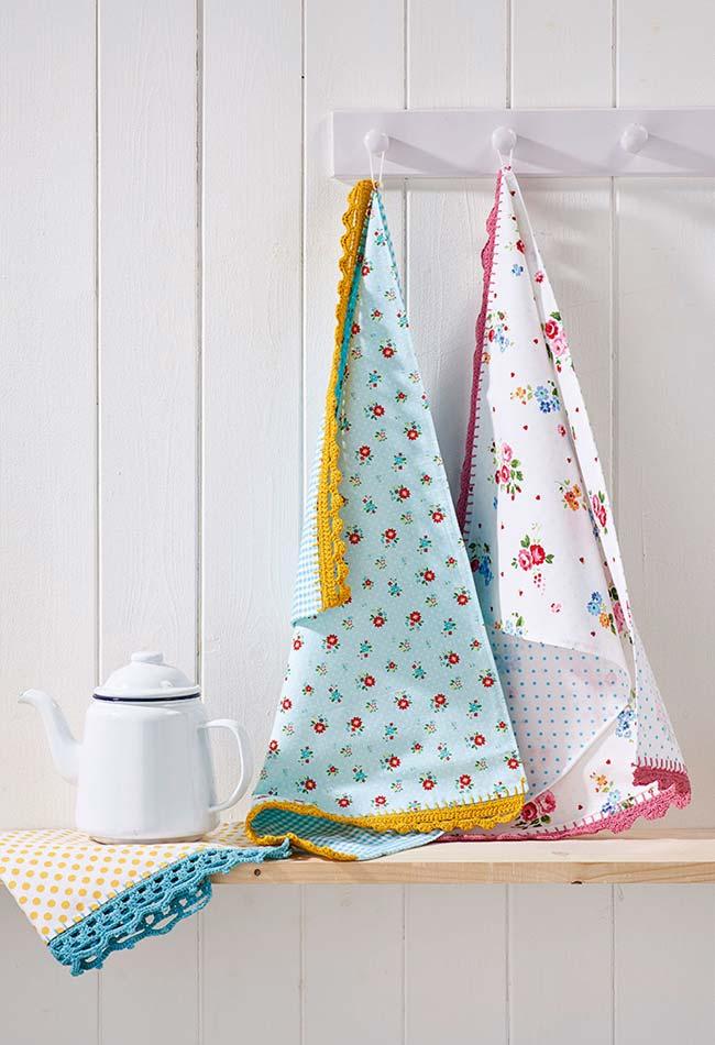 barrinhas coloridas nos seus panos de prato em crochê