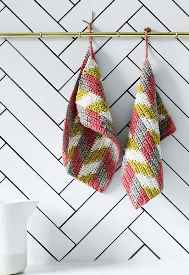 Paninhos de crochê para a sua cozinha em padrão chevron