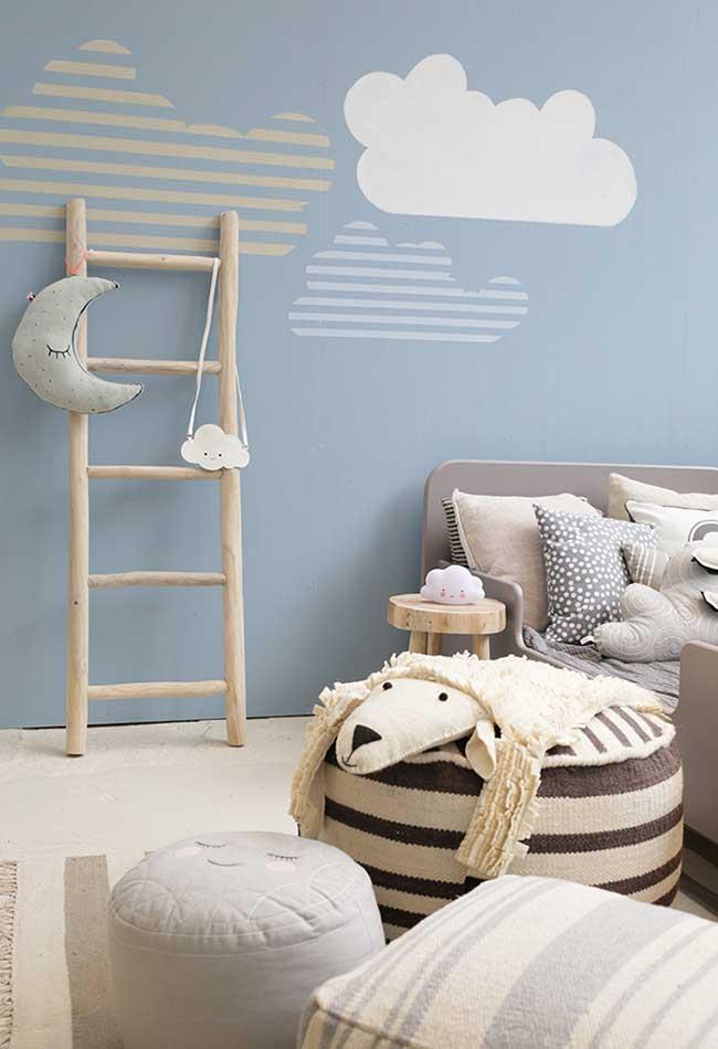 quarto de menino inspirado no universo do sono, com lua e até mesmo carneirinho
