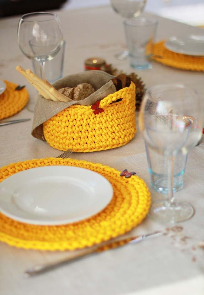 Sousplat e um conjunto inteiro para a sua mesa de crochê